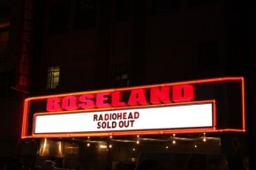 http://c438342.r42.cf2.rackcdn.com/wp-content/uploads/2011/09/Radiohead-Roseland-201101.jpg